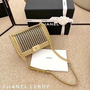 Women Chanel Le Boy Bag